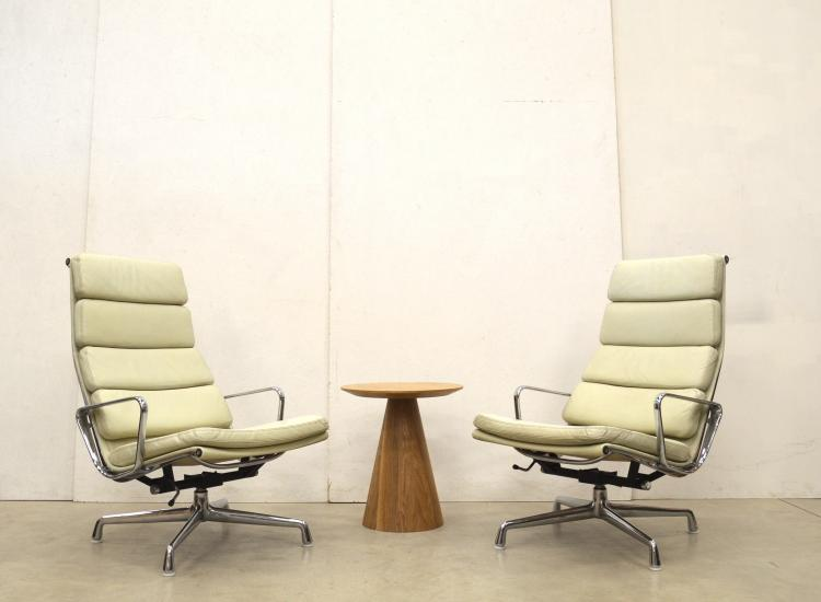 Herman Miller EA222 Lounge Chair Eames Interior Aksel Aachen Paris London Design